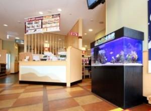 飲食店様 白と黒のコントラストが美しいです