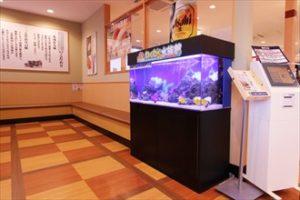 奈良市 飲食店の待合室が華やかに!